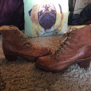 Frye Sabrina Boots